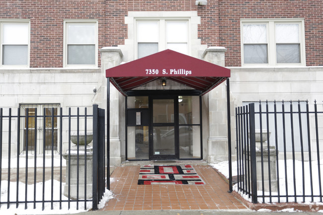 7350-s-phillips-ave-chicago-il-building-photo